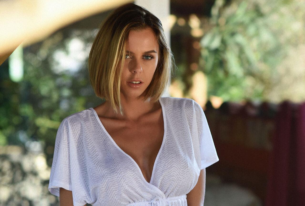 Jennifer Strips From White Dress