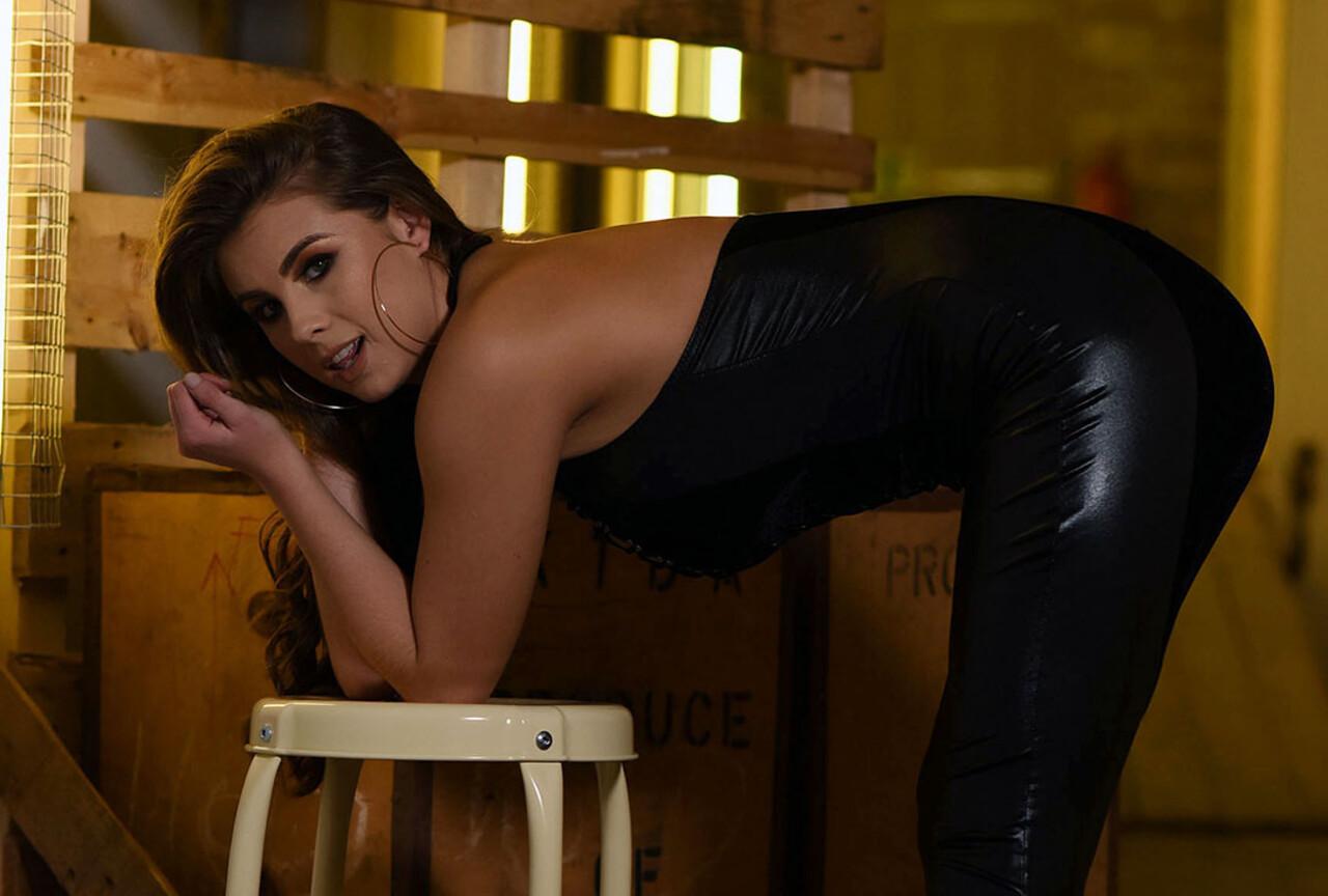 Sarah McDonald in Sexy Black Outfit
